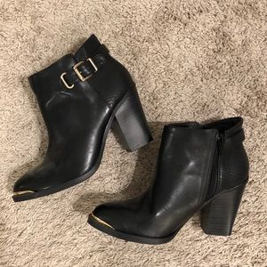 Rock & Republic Black & Gold Booties
